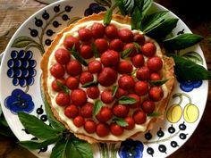 Muropohjainen mansikkakakku - Topi-Keittiöt