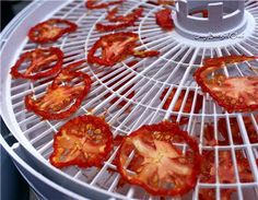 Lazy Budget Chef: How to Make Sun Dried Tomatoes