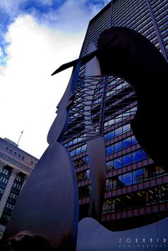 The sculpture, dedicated on August 15, 1967, in Daley Plaza in the Chicago Loop, is 50 feet (15.2 m) tall and weighs 162 tons.[1] The Cubist sculpture by Picasso was the first such major public artwork in Downtown Chicago, and has become a well known landmark.