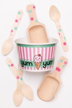 Party Pack For 10 With 10 Ice Cream Cups 10 Matching by SucreShop, $16.00