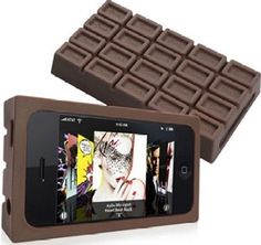 I know what I want in my stocking now. Chocolate bar iphone case!