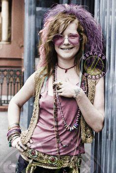 New style boho janis joplin Ideas Janis Joplin, Flower Power, Me And Bobby Mcgee, Women Of Rock, Estilo Hippie, New Wave, Music Icon, Female Singers, Celebs