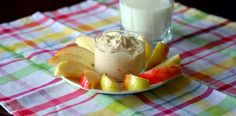 Peanut butter Greek yogurt dip 6 oz vanilla non-fat Greek yogurt, 1 tbsp creamy peanut butter, 1 tbsp agave nectar, apple slices for dipping