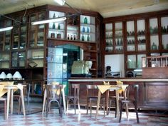 Berazategui -viejo almacén de ramos generales