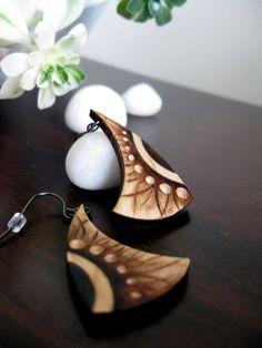 Orecchini in legno raggi di sole pirografia orecchini di KDGArt