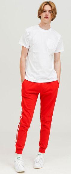 사이드 화이트라인이 포인트인 조거팬츠  ezy studio side line jogger tranning pants red