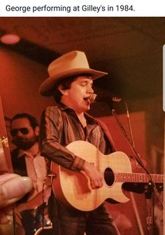 George at Gilley's in 1984 Best Country Singers, Country Western Singers, Country Music Stars, George Strait Family, Joyce Taylor, Texas Music, Bull Riders, George Clooney, Cool Countries