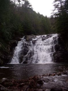 Northeast Tennessee Waterfalls: Laurel Falls