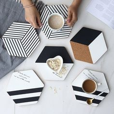 Black and White Hexagon Cork Placemats Set,Mordern Minimalist Large Coasters Plact Mats,Hot Pot Cup Holders for Dining Table Setting – Tableware Design 2020 Concrete Crafts, Resin Crafts, Hot Pads, Diy And Crafts, Arts And Crafts, Modern Crafts, Deco Table Noel, Modern Placemats, Diy Coasters