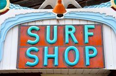 Surf Shop logo