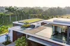 toiture terrasse - Center Court Villa par DADA Partners - New Delhi, Inde on Construire Tendance  http://www.construire-tendance.com/social-gallery/toiture-terrasse-center-court-villa-par-dada-partners-new-delhi-inde-1