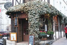Le Basilic (33 rue Lepic):  A charming, local restaurant.  Quite small, but serves later into the night than most.  It is a good idea to reserve:  01 46 06 78 43.