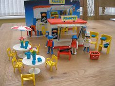 VINTAGE RARE PLAYMOBIL FRANKY'S HOT DOG STAND 3146 & ACCESSORIES | eBay