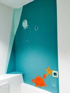 Décoration peinture salle de bain. Enfant. Aquatique crabe étoile
