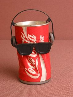 Coca Cola Dancing Can - The Coke can that would dance to music when played. remember these? 90s Toys, Retro Toys, Vintage Toys, Retro Vintage, 90s Childhood, My Childhood Memories, Childhood Obesity, Lady Lockenlicht, Cola Dose
