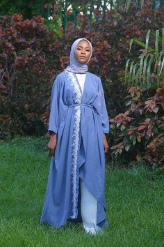 Neesa Abaya with lace – Elora Collection