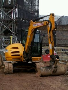 Digger at Westlegate Norwich (photo by Claire Scarrott 2013)