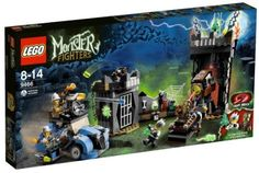 LEGO Monster Fighters 9466: The Crazy Scientist and His Monster by LEGO