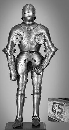 1470 Gothic Armour - no info, similar suits appear in Bildindex.de, described as being in Munchen, Bayerisches Nationalmuseum