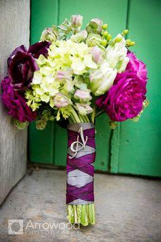 Delicate Wedding Bridal Bouquets to Make You Wow www.modwedding.com