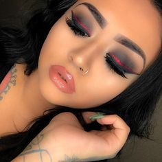 pretty black and red look