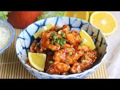 Well-known American Chinese food, Orange Chicken. It is not traditional, but the technique of making fried chicken and coat it with a sweet and sour s… - Dinnerrecipeshealthy sites Best Chicken Recipes, Meat Recipes, Asian Recipes, Cooking Recipes, Ethnic Recipes, Asian Foods, Sauce Recipes, Recipies, Dinner Recipes