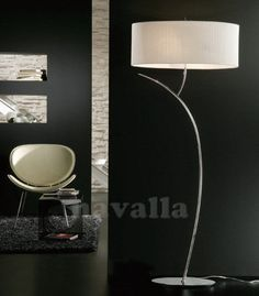 Mantra Stehlampe Eve kaufen im borono Online Shop - Lampshade Modern Cool Lighting, Chandelier Lighting, Red Oriental Rug, Inspiration Wall, Home Decor Trends, Rugs In Living Room, Floor Lamp, Modern Furniture, Sweet Home