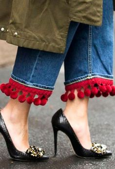 Red Pom Pom Hems on a Pair of Jeans at Milan Fashion Week // More Winter Style Ideas from the Best MFW Fall 2016 Street Style: () Diy Jeans, Best Street Style, Cool Street Fashion, Street Styles, Fashion Details, Fashion Design, Fashion Trends, Fashion Ideas, Style Fashion
