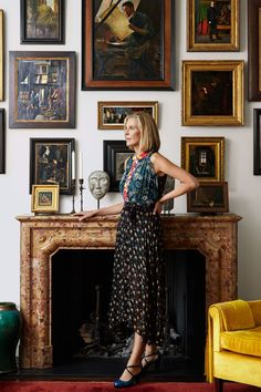 A London Mansion That Could Be A Private Museum {Katrin Bellinger Master Collector} ~ Décor, Art Living Room Designs, Living Room Decor, Living Spaces, London Mansion, Interior Decorating, Interior Design, Hanging Art, Decoration, Home Art