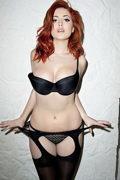 Redhead #Curves #Model #Hot #Sexy #Shooting #Paris #Beautiful #Woman ...