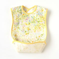 little sevi: Japanese Baby Accessory: Naomi ito: Eating Bib: Dandelion Get Baby, My Baby Girl, Baby Girl Fashion, Kids Fashion, Getting Ready For Baby, Babies R Us, Baby On The Way, Everything Baby, Baby Time