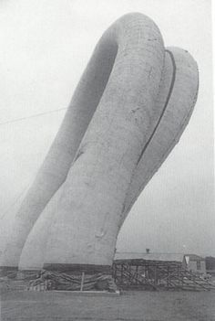 Expo 70s, high pessure pneumatic structure