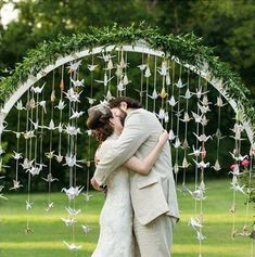 Arco di fiori matrimonio origami gru. Wedding arch. #wedding #decorations