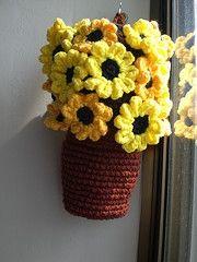 Crochet Plastic Bag Holder ♪ ♪ ... #inspiration_crochet #diy GB