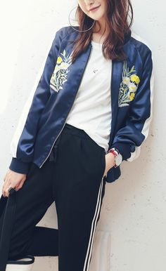 ACHICGIRL Women Floral Embroidery Print Color Block Bomber Jacket