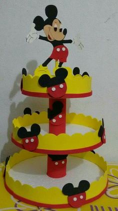 Fiesta Mickey Mouse, Mickey Mouse Clubhouse Birthday Party, Baby Mickey, Mickey Birthday, Mickey Mouse Party Decorations, Mickey Mouse Parties, Mickey Party, Disney Parties, Theme Mickey