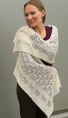 Estonian Stole - Star Blossom pattern by Cordula Surmann-Schmitt. Free.