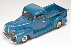 Revell-Monogram 1940 Ford Custom Pickup Truck -- Plastic Model Truck Kit -- 1/24 Scale -- #854928