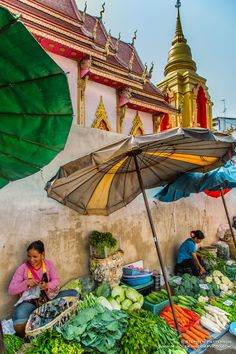 Ladies selling vegetables - Wat Mung Muang, Chiang Rai, Thailand - I've walked past this a million times Bangkok Thailand, Thailand Travel, Asia Travel, Thailand Honeymoon, Chiang Rai, Laos, In China, Franz Lehar, Vietnam