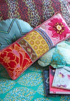 pretty needlepoint pillow  you can make  anna marie blog.
