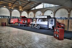 THIS PEUGEOT FOOD TRUCK IS THE ROLLS ROYCE OF MOBILE KITCHENS Peugeot's Le Bistrot du Lion food truck includes a built-in DJ booth and 46-inch flatscreen.