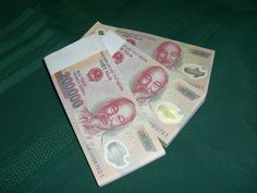 Vietnam Dong 200K Bundles www.buyiraqidinarhere.com