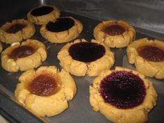 Peanut butter cookie filled with apple butter and blackberry jam