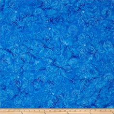 Bali Handpaint Batiks Dotty Floral Bluejay from @fabricdotcom  Designed for Hoffman International Fabrics, this Indonesian batik is perfect for quilting, craft projects, apparel and home décor accents. Colors include shades of blue.