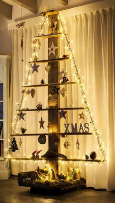 Onze kerstboom dit jaar!!! Van sloophout gemaakt. Re-tree ;)