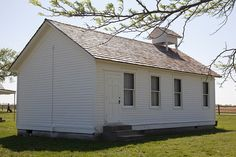 Replica Laura Ingalls Wilder School by David Hepworth, via Flickr