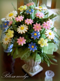 Bouquet of wildflower cookies