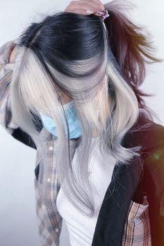 Hair Color Streaks, Hair Color And Cut, Hair Dye Colors, Cool Hair Color, Hair Highlights, Shot Hair Styles, Long Hair Styles, Hair Color Underneath, Dye My Hair