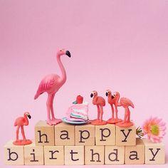 It's someone's birthday somewhere! #aflamingoaday #birthday #friday #flamingo #flamingofriday #happycolours #pink #happy #happybirthday #365dayproject #hemastamps @hemanederland