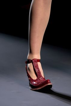 Jean Paul Gaultier Spring 2010 Couture Fashion Show Details